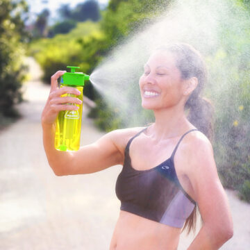 Cooling off with mist from Lunatec Spray Bottle.